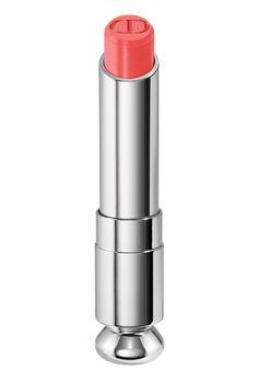 Les rouges à lèvres Tie & Dye Dior Addict de Dior pour un effet dégradé sur la bouche - couleur corail rose http://www.vogue.fr/beaute/buzz-du-jour/diaporama/les-lvres-tie-dye-de-dior/21314#les-rouges-lvres-tie-dye-dior-addict-de-dior-5