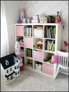 Valkoinen Soihtu: Tytön huone