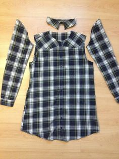 Super sewing clothes recycling shirt refashion 60 ideas Source by ibterrid ideas shirt Shirt Refashion, Diy Shirt, Clothes Refashion, Refashioning Clothes, Off Shoulder Diy, Recycled Shirts, Diy Kleidung, Old Shirts, Altering Clothes