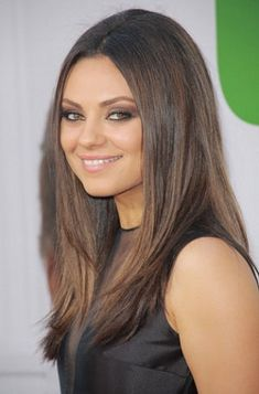 Mila Kunis's Ted Premiere Hairstyle: Celebrity Beauty Breakdown Mila Kunis Premiere Hairstyle: Celebrity Beauty Breakdown Hair Inspo, Hair Inspiration, Corte Y Color, Celebrity Beauty, About Hair, Fall Hair, Cut And Color, Healthy Hair, Hair Goals