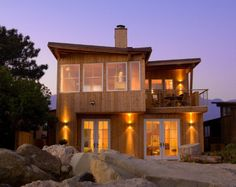 Quite beautiful and simple outdoors    Beach House in California
