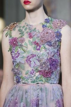 Giambattista Valli at Couture Fall 2017 - The Most Beautiful Details on the Fall '17 Couture Runway - Livingly by carter flynn