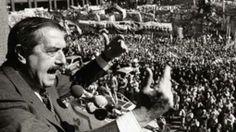 Raúl Afonsín, primer presidente electo luego del retorno de la democracia en Argentina a partir de 1983.
