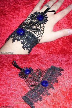 Lace slave bracelet