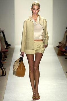 Oscar de la Renta | Spring 2004 Ready-to-Wear Collection | Style.com