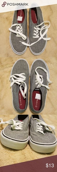 Airwalk sneakers Washed them so they look practically brand new, but there is a stain that wouldn't come out and has some marks on one of the back heels.  *$18 with free shipping on Mercari*. Airwalk Shoes Sneakers