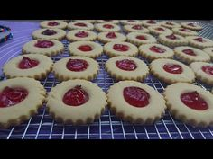 Dessert Recipes, Desserts, Tea Party, Cheesecake, Muffin, Food And Drink, Yummy Food, Cookies, Breakfast