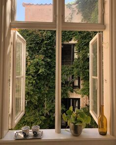 home decor and design Future House, My House, Labo Photo, Window View, Dream Apartment, Aesthetic Rooms, Aesthetic Green, Interior Exterior, Architecture