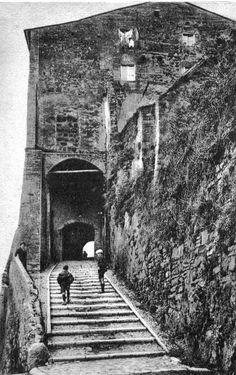 La porta di Santo Cesareo