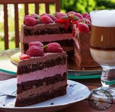 Kulinarne szaleństwa Margarytki: Tort czekoladowo – truskawkowy Good Food, Yummy Food, Tiramisu, Ale, Sweet Tooth, Cheesecake, Ethnic Recipes, Cook, Deserts