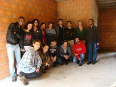 Associação Casa Velha - Ecologia e Espiritualidade. Ourém, Portugal. Grupo de voluntários - Atravessados.