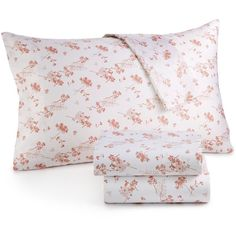 Organic Cotton 300 Thread Count Printed Queen Sheet Set Gots Certified ($90) ❤ liked on Polyvore featuring home, bed & bath, bedding, bed sheets, pale mauve floral, organic cotton bedding, floral bedding, floral queen bedding, floral bed sheet sets and queen bed sheet set