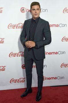 d8c35654d37ac Zac Efron en Ermenegildo Zegna - The CinemaCon Big Screen Achievement Awards