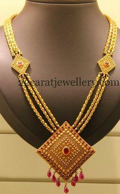 Jewellery Designs: Three Step Fancy Haar