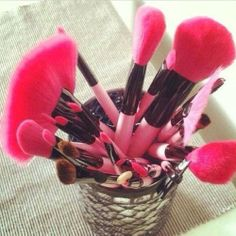 We need these pink makeup brushes!