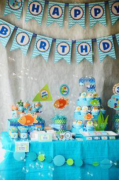 Decorations Rainbow Fish Party | CatchMyParty.com