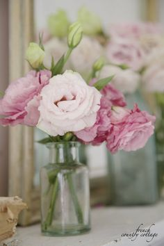 French Country Cottage:5 ways to use vintage bottles