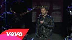 Ricky Martin - Disparo al Corazón (Live on the Honda Stage at the iHeartRadio Theater LA) Ricky Martin, Martin S, Special Person, Honda, Good Music, Music Videos, Stage, Album, Live