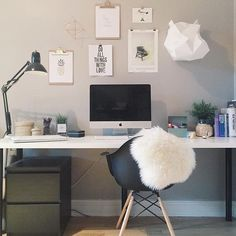 White + grey workspace inspo wall from @fmontralaises in Canada | @workspacegoals