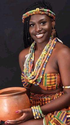 Most Beautiful Black Women, Beautiful African Women, Beautiful Dark Skinned Women, African Beauty, African Fashion, Ebony Beauty, Dark Beauty, Hidden Beauty, Black Women Art