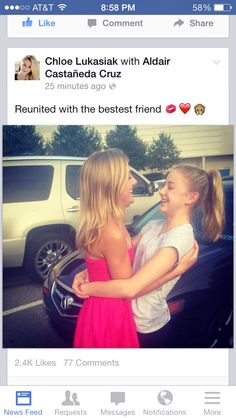 Chloe finally got to see Paige!!! :D yay they are reunited please help me get 200 followers by 10/21/14