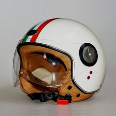 79.00$  Buy here - http://aiy2s.worlditems.win/all/product.php?id=819449995 - Fashion brand Beon helmets vintage Motorcycle helmet Scooter Open face helmet unisex Moto 3/4 capacete B-110 Italy Flag helmet