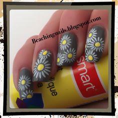 Daisy's,  Nail Art