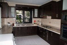 Comfortable Family Kitchen Design