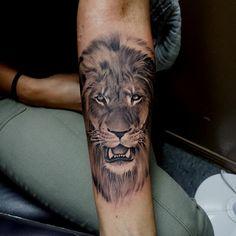 #liontattoo Freddy Negrete #shamrocksocialclub