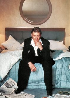Sean Bean in bed. That's just too much temptation!
