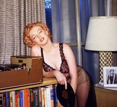 Marilyn Monroe and her records.