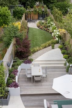 Some London back gardens designed and built by Kate Eyre Garden Design. Contact us for a design or landscaping consultation on your back garden. Back Garden Design, Backyard Garden Design, Garden Landscape Design, Garden Landscaping, Garden Ideas Long Narrow, Small Narrow Garden Ideas, Garden Design London, London Garden, Gravel Garden