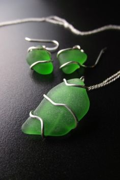 Sea Glass Jewellery is so stunning! Had a gorgeous gift of some to wear on my wedding day by Barbadian artist Andrea Wells.