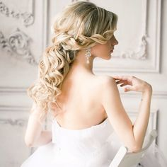 Fashionable Wedding Hairstyles- Half up, half down= <3 -  For more amazing ideas visit us at http://www.brides-book.com and remember to join the VIB Ciub