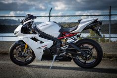 Triumph Daytona 675 R PLEASE!!!!!!!!!!!!