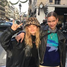 love and miss u lots lindog here's a picture of us hungover on the day of our birthday Mode Outfits, Fashion Outfits, Mode Streetwear, Poses, Friend Photos, Looks Vintage, Friend Pictures, Girl Gang, Aesthetic Clothes