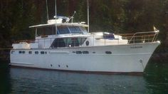 Chris Craft Constellation boats for sale Trawler Boats, Chris Craft Boats, Offshore Boats, Power Boats For Sale, Classic Wooden Boats, Cabin Cruiser, Classic Yachts, Vintage Boats, Wood Boats