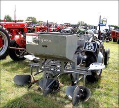 Little Grey Fergie with Ferguson potato planter. 3 Point Tractor Attachments, Potato Planter, Ford Tractors, Vintage Tractors, Down On The Farm, Old Farm, Farming, Techno, Blood