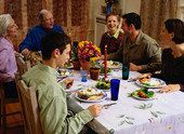 Family Meals May Defuse Cyberbullying's Impact, Study Says