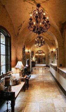 Mediterranean homes – Mediterranean Home Decor World Decor, Spanish House, Spanish Colonial, Hallway Designs, Tuscan Decorating, Decorating Ideas, Mediterranean Home Decor, Tuscan Style, Southwestern Style