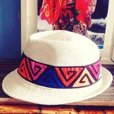 Hermosos sombreros de mola,  no te quedes sin el tuyo. Haz tus pedidos aquí  63127042  #sombrero #sombrerodemola #mola #molaspanama #molaspty #color #diseñosúnicos #ventas #ventaspanama #ventaspty #ventasonline #fashion #fashiongram #fashionjewerly #fashionaddict #fashionjewerly #fashionlovers #fashionpost #fashionstyle #verano #veranocaliente #veranoPanama #summer #summer2017 #summertime