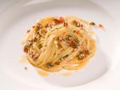 Spaghetti with Garlic, Oil and Chili Pepper | Italian Recipes | Academia Barilla