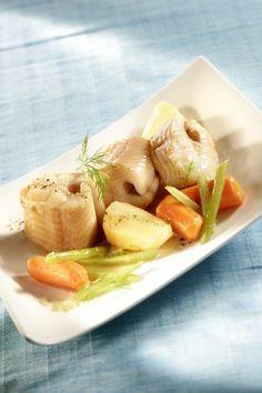 """750g vous propose la recette """"Saumonette et légumes au cidre"""" notée 5/5 par 3 votants."""