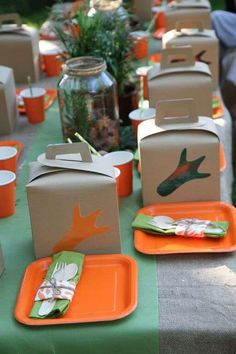 """From """"dinomite"""" decorations to a super cool dinosaur birthday cake, this wildly fun dinosaur themed party by Andriana has loads of inspiration. The perfect outdoor venue, themed games and take-home favor bags add to the 5th Birthday Party Ideas, Kids Birthday Themes, Trains Birthday Party, Party Themes For Boys, Birthday Party Favors, Birthday Party Decorations, 80th Birthday, Dinosaur Train Party, Dinosaur Party Favors"""