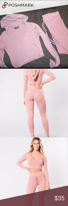 WANDERLUST SET from Fashion nova! Color rose. size large. Selling as set. Top is never worn leggings worn twice. Perfect condition! Super soft material and great stretch! Fashion Nova Pants Leggings
