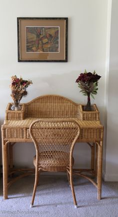 This desk set is made from wicker wood or rattan. The desk a.- This desk set is made from wicker wood or rattan. The desk and chair are in… This desk set is made from wicker wood or rattan. The desk and chair are in… - Cane Furniture, Bamboo Furniture, Vintage Furniture, Vintage Desk Chair, Adirondack Furniture, Furniture Ideas, Sofa Rattan, Cosy Home, Desk Set