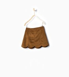 Discover the new ZARA collection online. The latest trends for Woman, Man, Kids and next season's ad campaigns. Zara Kids, Moda Tween, Short Fille, Short Niña, Hobo Chic, Zara New, Suede Skirt, Princess Style, Tween Fashion