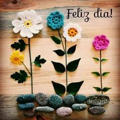 Find images and videos about flower, flores and good morning on We Heart It - the app to get lost in what you love. Spanish Quotes, Happy Day, Good Morning, Messages, Signs, Prints, Handmade, Facebook, Dress Shoes