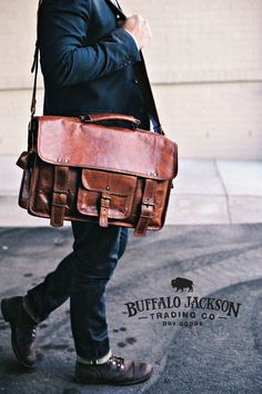 Amazing collection of leather bags and accessories for men. Impressive quality and attention to detail. Bison leather, traditional leather, vintage, and more. Leather Men, Leather Bags, Best Bridesmaid Gifts, Casual Professional, Fashion Boots, Mens Fashion, Understanding Men, Single Women, Single Ladies