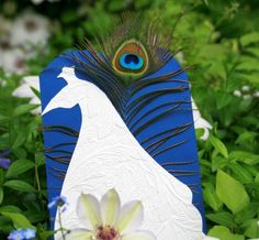 outdoor wedding must #fan #peacock #wedding